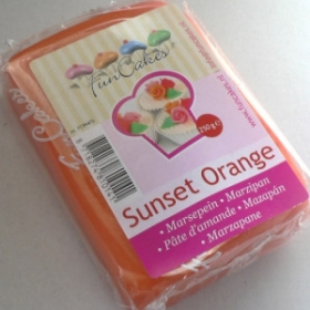 Oranž martsipan (sunset orange) 250g - FunCakes